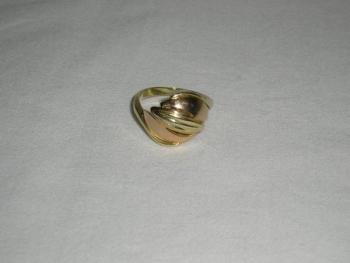 Ladies' Gold Ring - gold - 1980