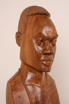 Bust - wood - 1980