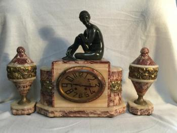 Mantel Clock - marble - 1920