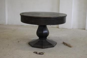 Round Table - 1930