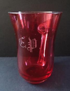 Mug of pink glasses monogrammed