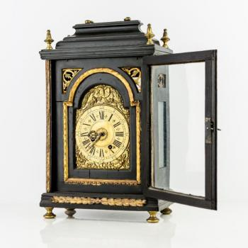 Mantel Clock - wood - 1900