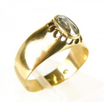 Ladies' Gold Ring - 1900