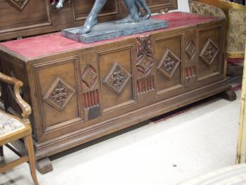 Chest - solid wood - 1850