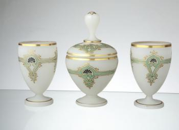 Glass Set - alabaster - 1870