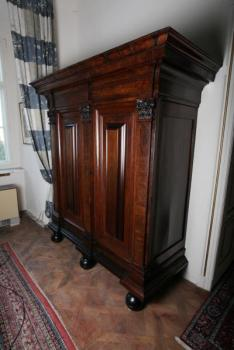 Wardrobe - dark oak - 1780