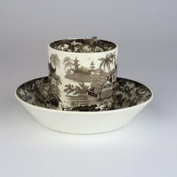 Cup and Saucer - stoneware - Wedgwood - 1850