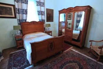 Bedroom Furniture - solid oak - 1890