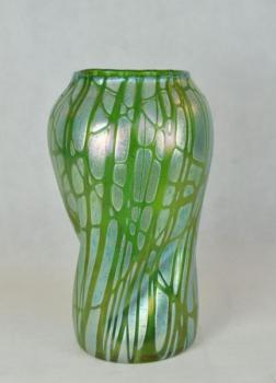 Vase - iridescent glass, green glass - Loetz - 1910