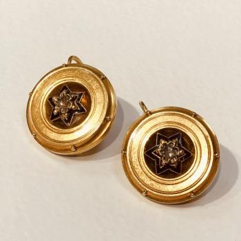 Gold Earrings with Diamonds - 1870
