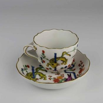 Cup and Saucer - white porcelain - Meissen 1934 - 1934