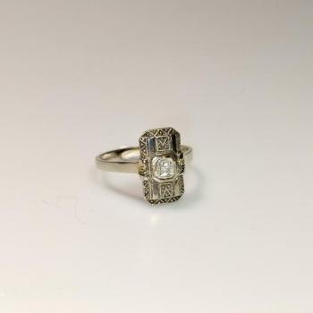 Ladies' Ring - gold, diamond - 1920