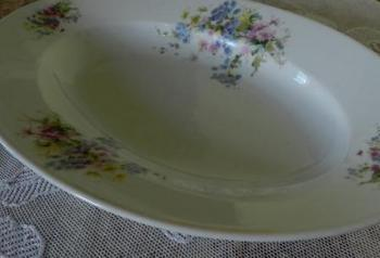 Bowl - white porcelain - 1910