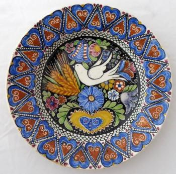 Plate with a dove and a folk pattern - Heidler,