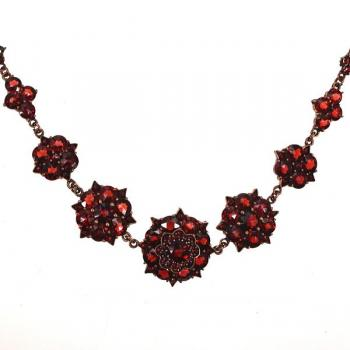 Necklace - 1900