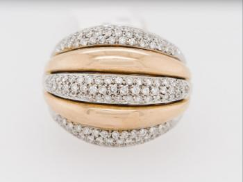 Ladies' Gold Ring - gold, brilliant cut diamond