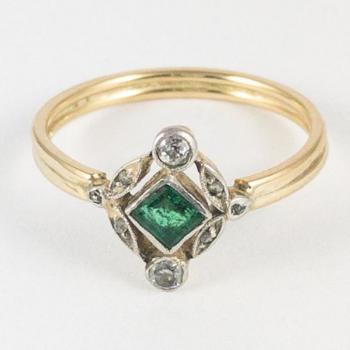 Ladies' Gold Ring - 1915