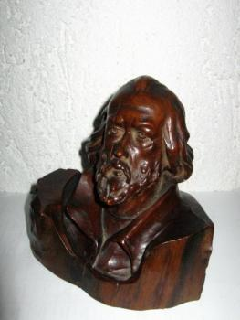 Bust - wood - 1920