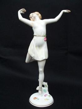 Porcelain Figurine - white porcelain - Dorothea Charol (1889 Odessa, Ukraine - 1963 London, UK), Rosenthal - 1930