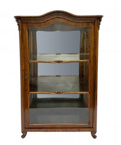 Display Cabinet - 1890